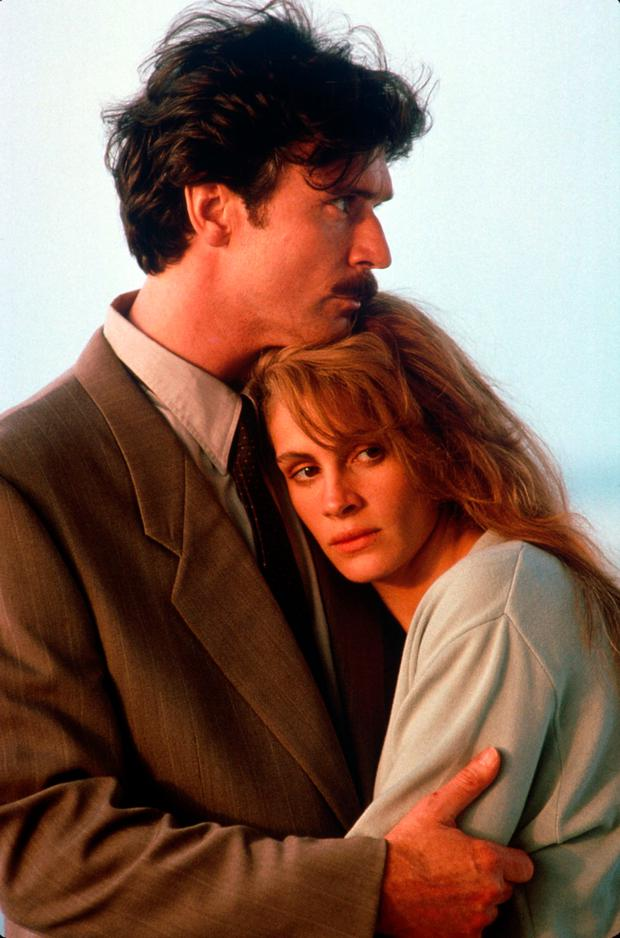 Patrick Bergin with Julia Roberts in Sleeping With The Enemy