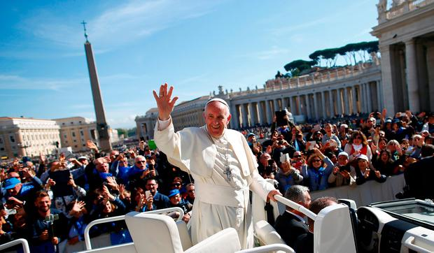 Pope Francis approved the new cremation rules for Catholics. REUTERS/Tony Gentile