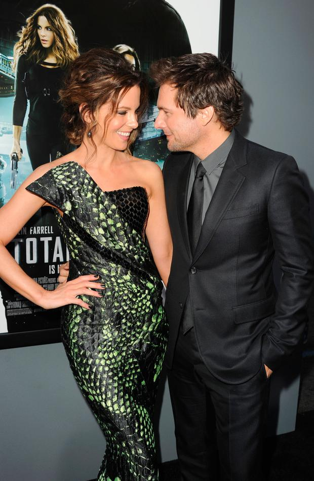 Actress Kate Beckinsale (L) and director Len Wiseman arrive at the premiere of Columbia Pictures'