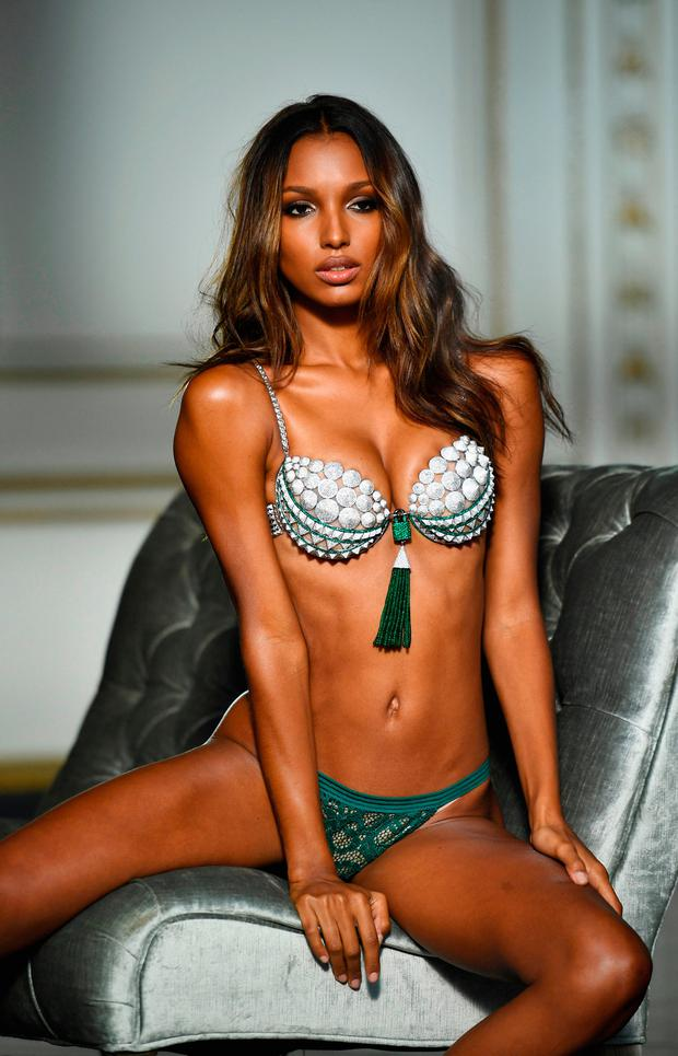 Victorias Secret Show 2018 >> Who is Jasmine Tookes? 9 things to know about Victoria's Secret's new superstar - Independent.ie