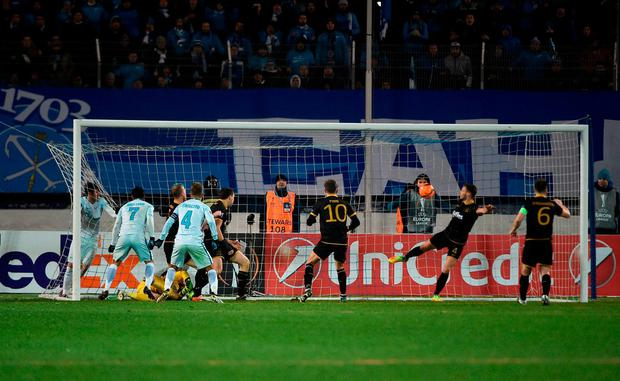 Giuliano scores Zenit's winning goal. Photo by David Maher/Sportsfile