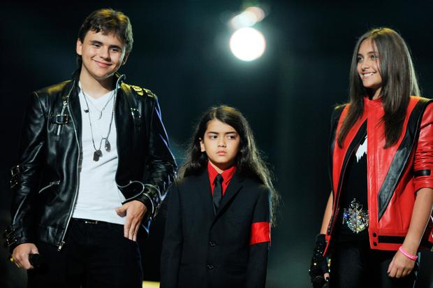Blanket Jackson, Prince Jackson and Paris Jackson onstage at
