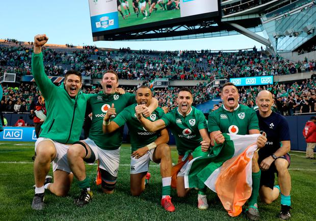 Ireland's Billy Holland, Donnacha Ryan, Simon Zebo, Conor Murray and CJ Stander celebrate winning