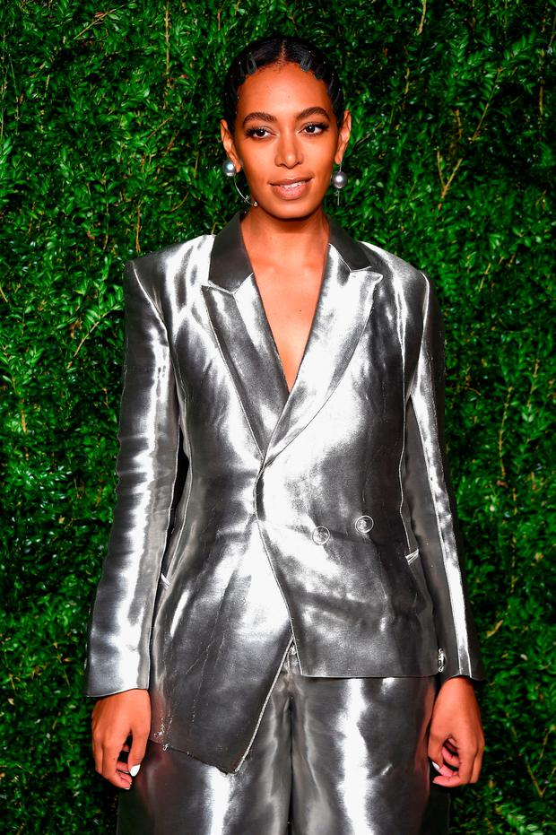 Solange Knowles attends 13th Annual CFDA/Vogue Fashion Fund Awards at Spring Studios on November 7, 2016 in New York City. (Photo by Dimitrios Kambouris/Getty Images)