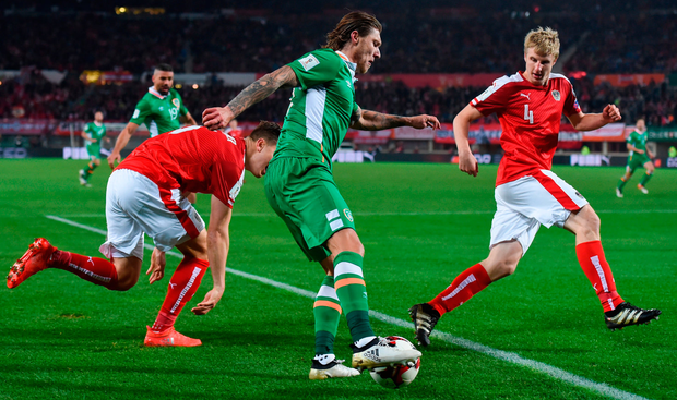 Jeff Hendrick in action against Austria's Kevin Wimmer, left, and Martin Hinteregger. Photo: Stephen McCarthy/Sportsfile