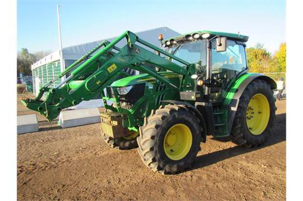 John Deere 6125R 4wd Tractor. John Deere 340 Loader, Power Quad, Air Seat, Beltline Lights, Field Office, Front Weights & Service History. 1 owner from new. 650 hrs. £50,500 (€58,782)