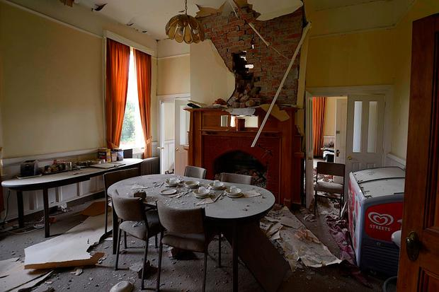 WAIAU, NEW ZEALAND - NOVEMBER 14: The Waiau Lodge Hotel, in Waiau, 120 kms north of Christchurch, shows damage in the aftermath of a 7.5 magnitude earthquake. Photo by Matias Delacroix/Getty Images