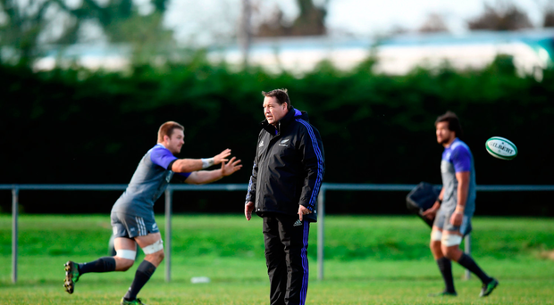 New Zealand head coach Steve Hansen during squad training at Garda RFC in Westmanstown, Dublin. Photo by Stephen McCarthy/Sportsfile
