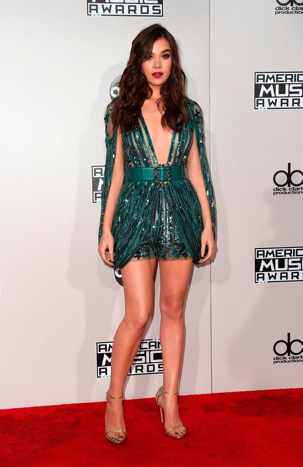 20 Best And Worst Dressed At The American Music Awards Independent Ie