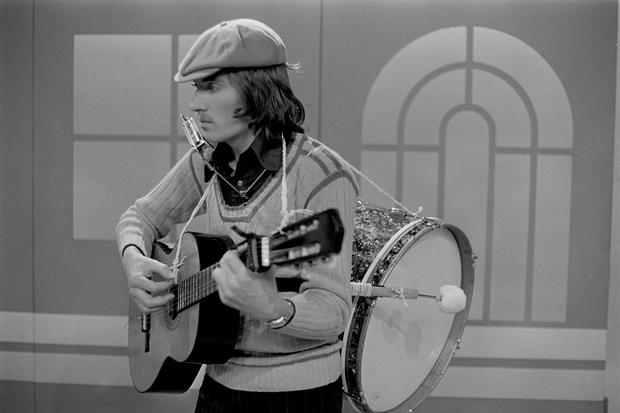 Pat Kenny on 'Bábaró' in 1974