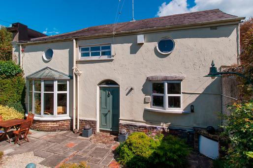 8 Vesey Mews, Dun Laoghaire