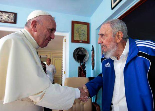 Cuban former president Fidel Castro (R) shaking hands with Pope Francis in Havana on September 20, 2015. Picture: AFP PHOTO / CUBADEBATE / HOHO/AFP/Getty Images