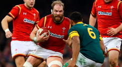 CARDIFF, WALES - NOVEMBER 26: Alun Wyn Jones of Wales takes on Nizaam Carr of South Africa during the international match between Wales and South Africa at Principality Stadium on November 26, 2016 in Cardiff, Wales. (Photo by Michael Steele/Getty Images)