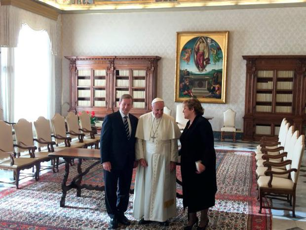 Taoiseach Enda Kenny and his wife Fionnuala with Pope Francis in the Vatican
