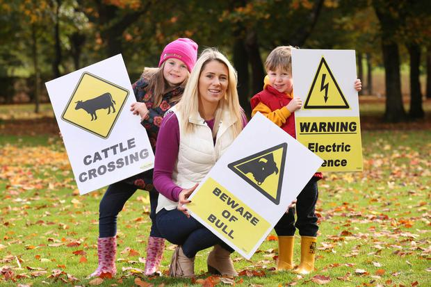 Mia Warnock (6), RTE Sports Broadcaster and mother of two, Evanne Ní Chuilinn and Eamon Delaney (4) help launch a new mobile game developed by AgriKids to empower children to become farm safety ambassadors.