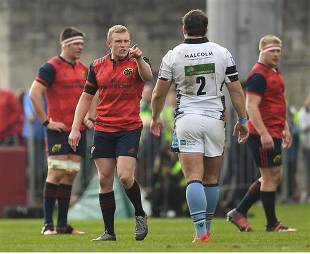 22 October 2016; Keith Earls of Munster speaks to Fraser Brown of Glasgow as he leaves the pitch having been shown a red card during the European Rugby Champions Cup Pool 1 Round 2 match between Munster and Glasgow Warriors at Thomond Park in Limerick. Photo by Brendan Moran/Sportsfile