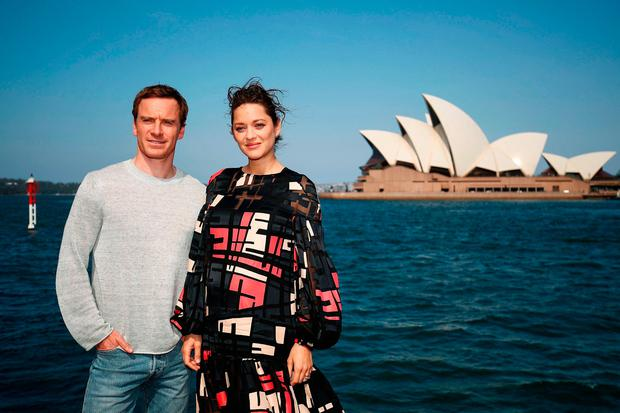 Michael Fassbender & Marion Cotillard pose during a photo call for Assassin's Creed, on November 28, 2016 in Sydney, Australia. (Photo by Brendon Thorne/Getty Images)