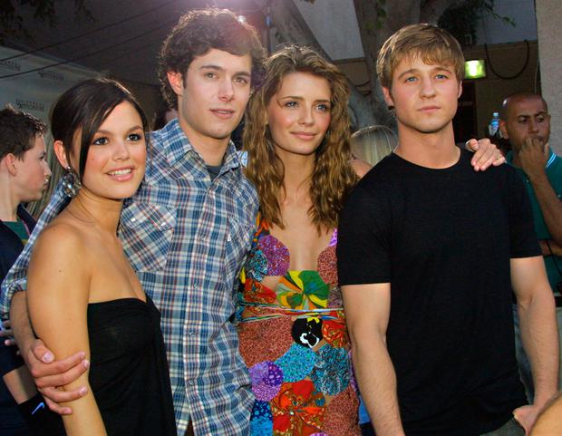 Rachel Bilson, Adam Brody, Mischa Barton, and Benjamin McKenzie arrive at The 2003 Teen Choice Awards held at Universal Amphitheater on August 2, 2003 in Universal City, California. (Photo by Frederick M. Brown)