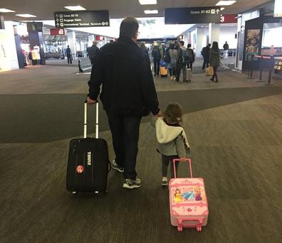 Peter Shankman and his daughter (Photo: Imgur/phsny)