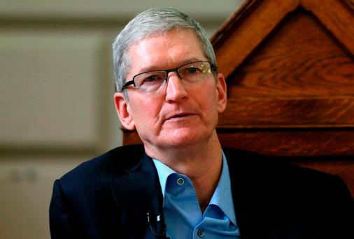Apple boss Tim Cook met Enda Kenny in California. Photo: Niall Carson/PA Wire