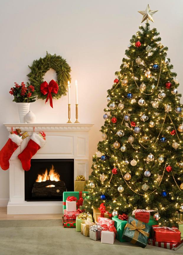 Traditional or trendster what does your christmas tree How do you decorate a christmas tree
