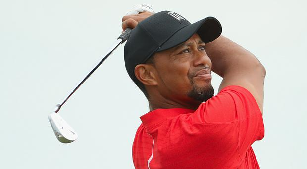 NASSAU, BAHAMAS - DECEMBER 04: Tiger Woods of the United States hits his tee shot on the second hole during the final round of the Hero World Challenge at Albany, The Bahamas on December 4, 2016 in Nassau, Bahamas. (Photo by Christian Petersen/Getty Images)