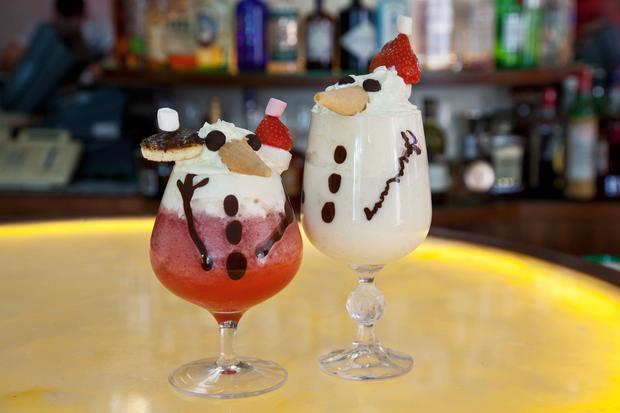 Mr. Frosty and Jingle Jilly at the Morrison Hotel - €9.50 each