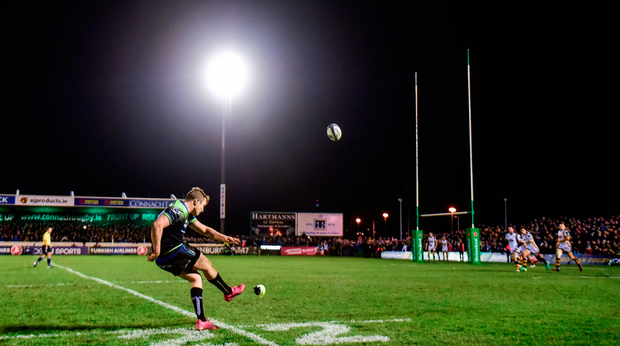 Jack Carty of Connacht kicks the match winning conversion against Wasps