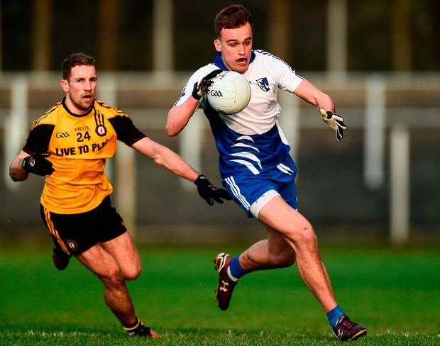 Enda Smith of Connacht in action against Niall Sludden of Ulster. Photo by David Maher/Sportsfile