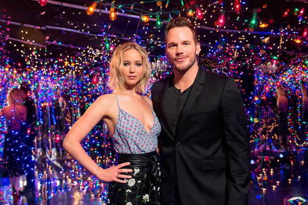 Actors Jennifer Lawrence (L) and Chris Pratt attend 'photo call for Columbia Pictures' 'Passengers' at Four Seasons Hotel Los Angeles at Beverly Hills on December 9, 2016 in Los Angeles, California. (Photo by Emma McIntyre/Getty Images)