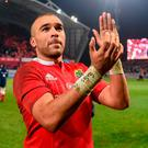 Simon Zebo of Munster applauds supporters after the Guinness PRO12 Round 11 match between Munster and Leinster at Thomond Park. Photo by Diarmuid Greene/Sportsfile