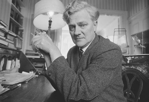 Watership Down Author Richard Adams. (Photo by Tom Smith/Daily Express/Hulton Archive/Getty Images)