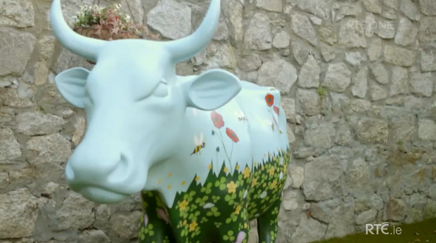 A porcelain cow, Clover, lives in Norah Casey's garden. She was crowned the winner of RTE's Celebrity Home of the Year
