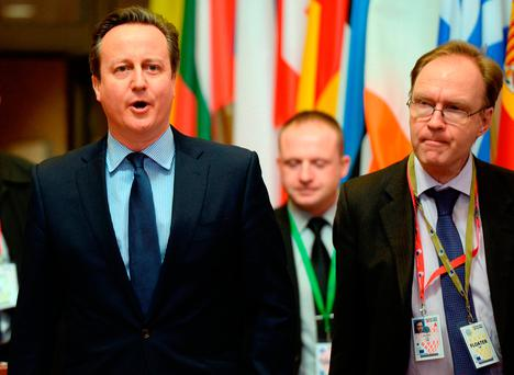 Britain's ambassador to the European Union Ivan Rogers, pictured here alongside David Cameron, has resigned. Photo: AFP/Getty Images