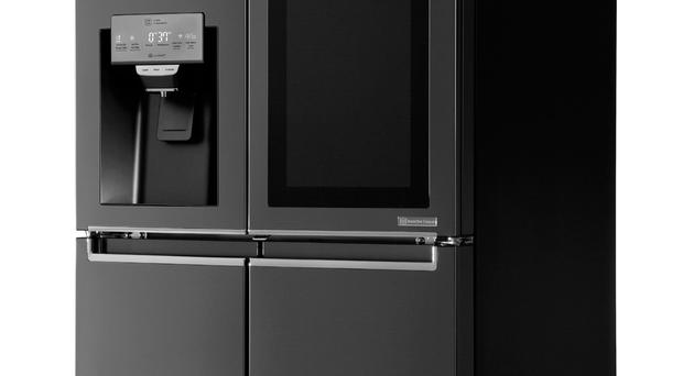 LG's smart fridge that users can control with their voice thanks to the integration of AmazonÕs Alexa personal assistant, which was unveiled during the CES Consumer Technology Show 2017. PRESS ASSOCIATION Photo. Issue date: Wednesday January 4, 2017. See PA story TECHNOLOGY LG. Photo credit should read: LG/PA Wire