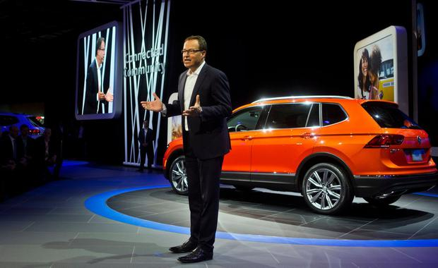 Hinrich Woebcken, CEO of Volkswagen North America, talks about the 2018 Tiguan sports utility vehicle, at the North American International Auto Show on January 9, 2017, in Detroit. Photo: AP