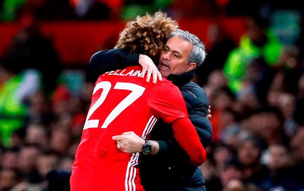 Manchester United's Marouane Fellaini has signed a new deal with Manchester United