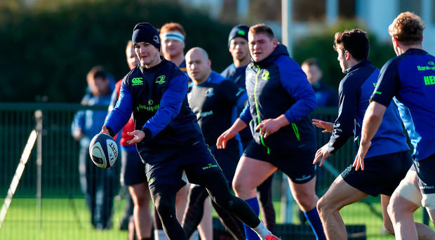 The presence of Johnny Sexton boosts Leinster's hopes of booking a quarter-final place MATT BROWNE/SPORTSFILE