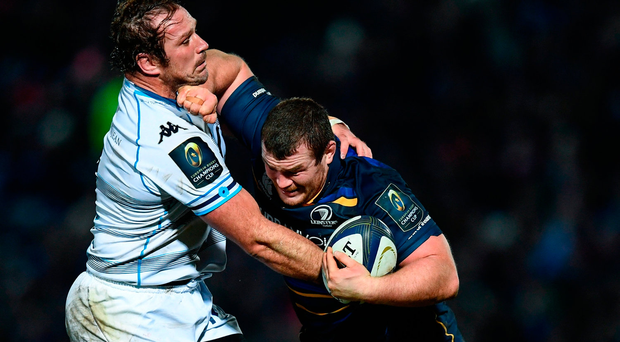 Jack McGrath holds off the challenge of Jannie du Plessis during Leinster's victory against Montpellier at the RDS last night Photo: Stephen McCarthy/Sportsfile