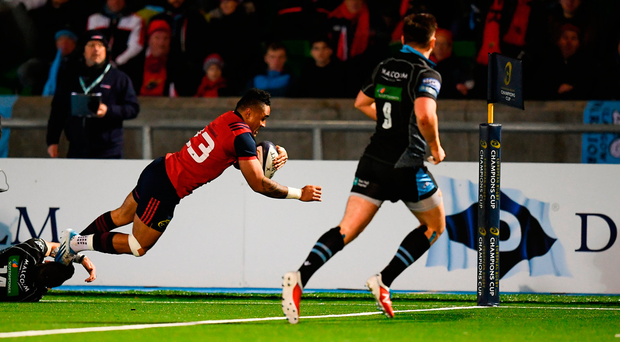 Munster's Francis Saili dives over for his side's second-half try in Saturday's win over Glasgow. Photo by Stephen McCarthy/Sportsfile