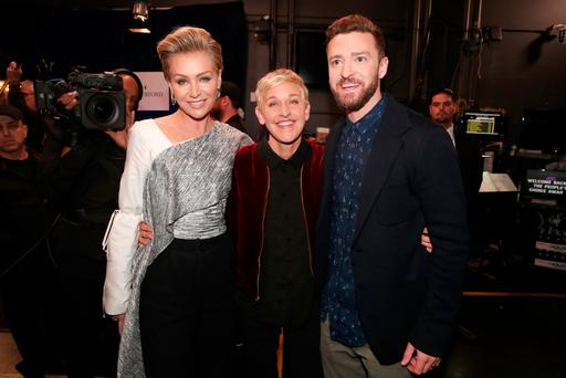(L-R) Actress Portia de Rossi, TV personality/actress Ellen DeGeneres and recording artist/actorJustin Timberlake pose backstage during the People's Choice Awards 2017. (Photo by Christopher Polk/Getty Images for People's Choice Awards)
