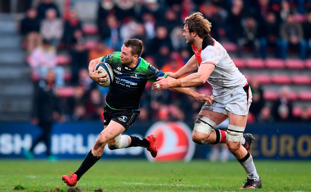 Jack Carty of Connacht is tackled by Richie Gray of Toulouse