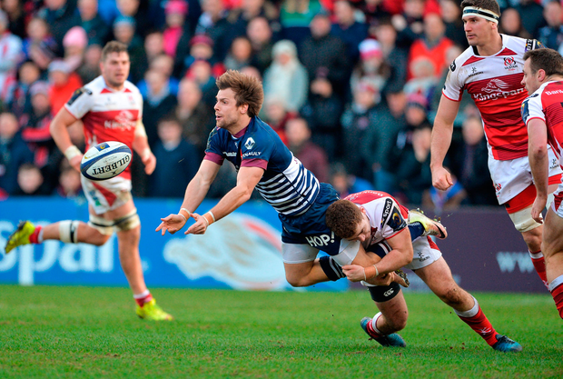 Yann Lesgourgues of Bordeaux is tackled by Ulster's Paddy Jackson. Photo by Oliver McVeigh/Sportsfile