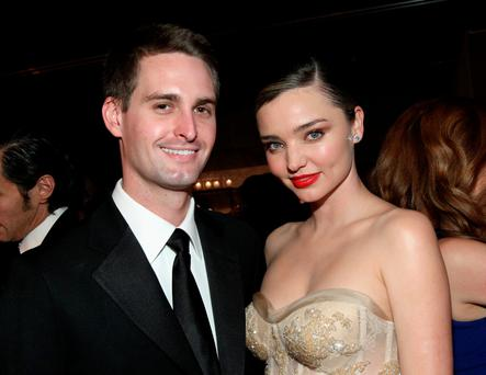 Founder, Snapchat Evan Spiegel (L) and model Miranda Kerr attend the Fifth Annual Baby2Baby Gala, Presented By John Paul Mitchell Systems at 3LABS on November 12, 2016 in Culver City, California. (Photo by Tommaso Boddi/Getty Images for Baby2Baby)