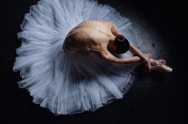 Darian has been documenting the brutal side of ballet on her Instagram account @darianvolkova