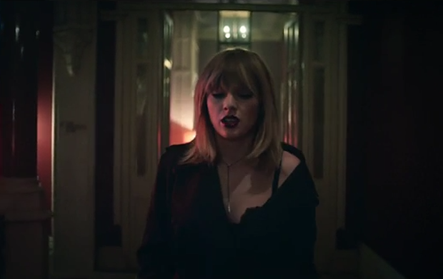 Taylor Swift in I Don't Wanna Live Forever. Image: YouTube
