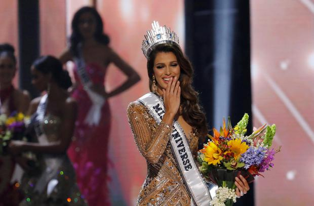 Miss France Iris Mittenaere reacts after winning the 65th Miss Universe beauty pageant at the Mall of Asia Arena, in Pasay, Metro Manila, Philippines January 30, 2017. REUTERS/Erik De Castro
