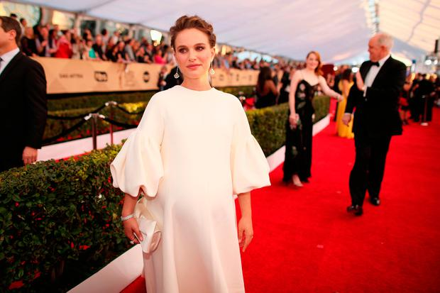 Actor Natalie Portman attends The 23rd Annual Screen Actors Guild Awards at The Shrine Auditorium on January 29, 2017 in Los Angeles, California. 26592_012 (Photo by Christopher Polk/Getty Images for TNT)