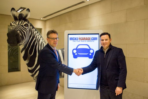 (l-r) Nigel Poynton, Investec Wealth & Investment and Ciaran Crean, co-founder of MicksGarage.