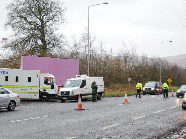 Checkpoint operation in Drogheda, Co Louth (Photo: Twitter/Garda Traffic)